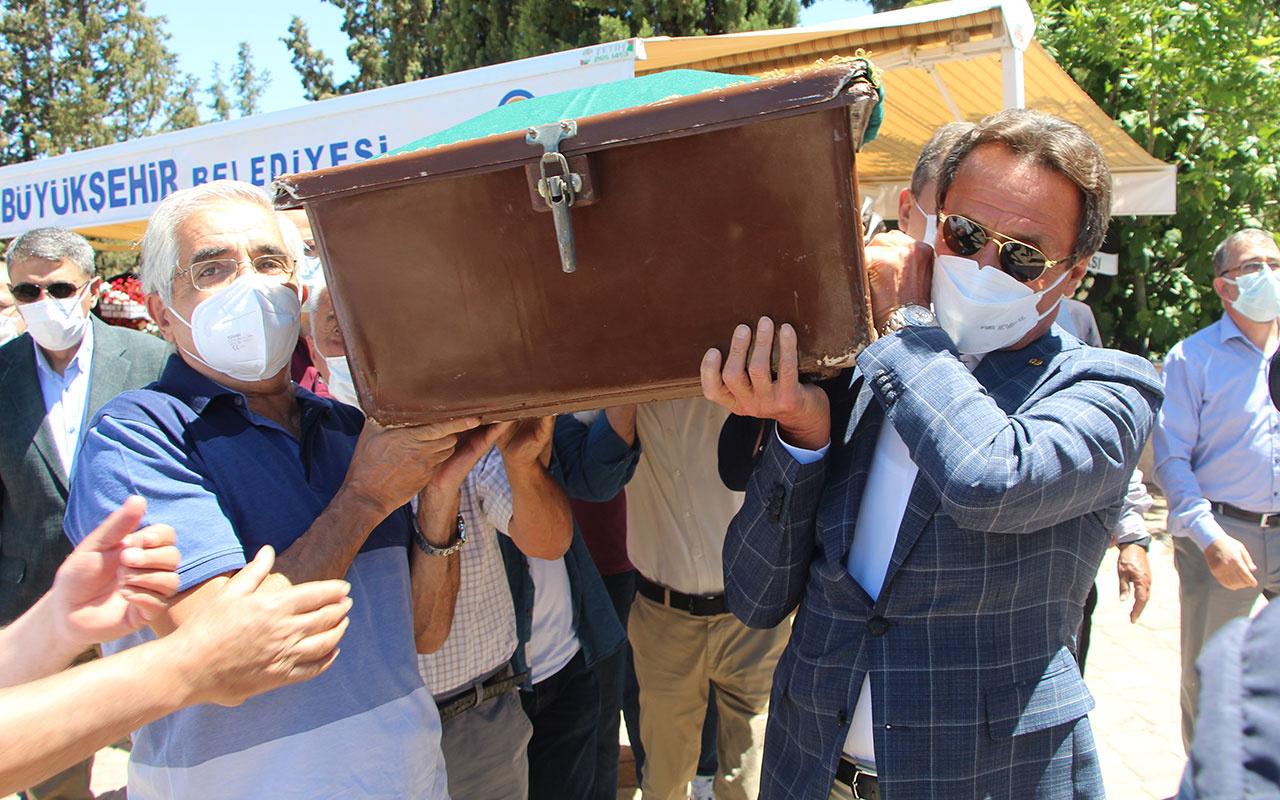 101 yaşında vefat eden Saide Zorlu toprağa verildi! Ahmet Nazif Zorlu ne dedi?