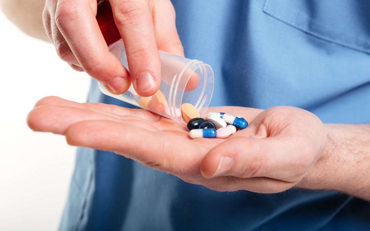 Yargıtaydan reçetesiz antibiyotik satan eczacı için karar