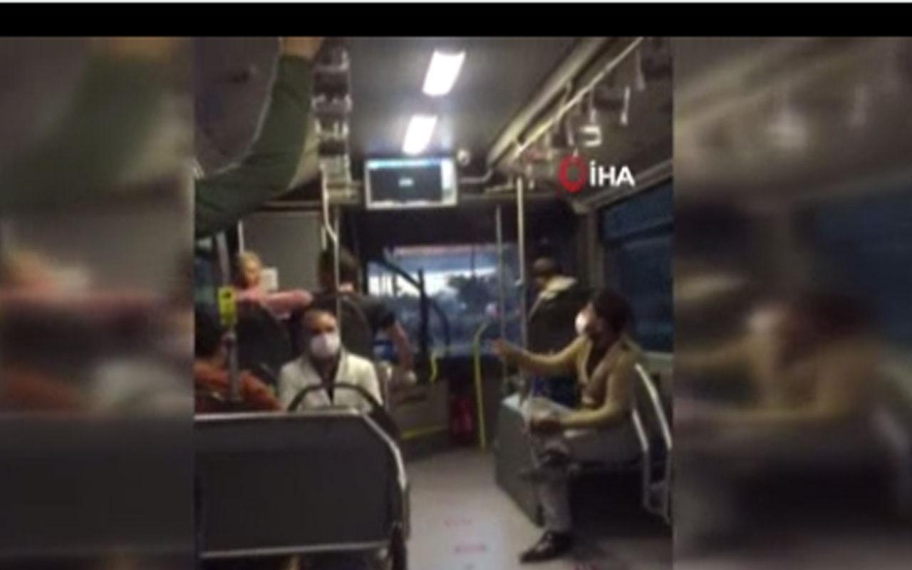 """Tansiyon yükseldi! Metrobüste """"bacak bacak üzerine attın"""" kavgası"""