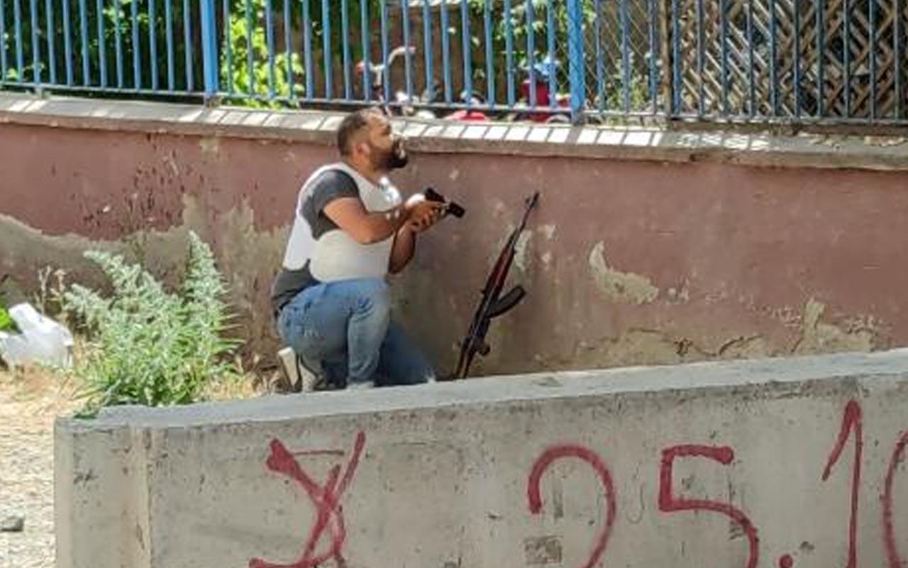 Elazığ'da karakol bahçesinde hareketli dakikalar: Tüfekle ateş açan şüpheli gözaltında