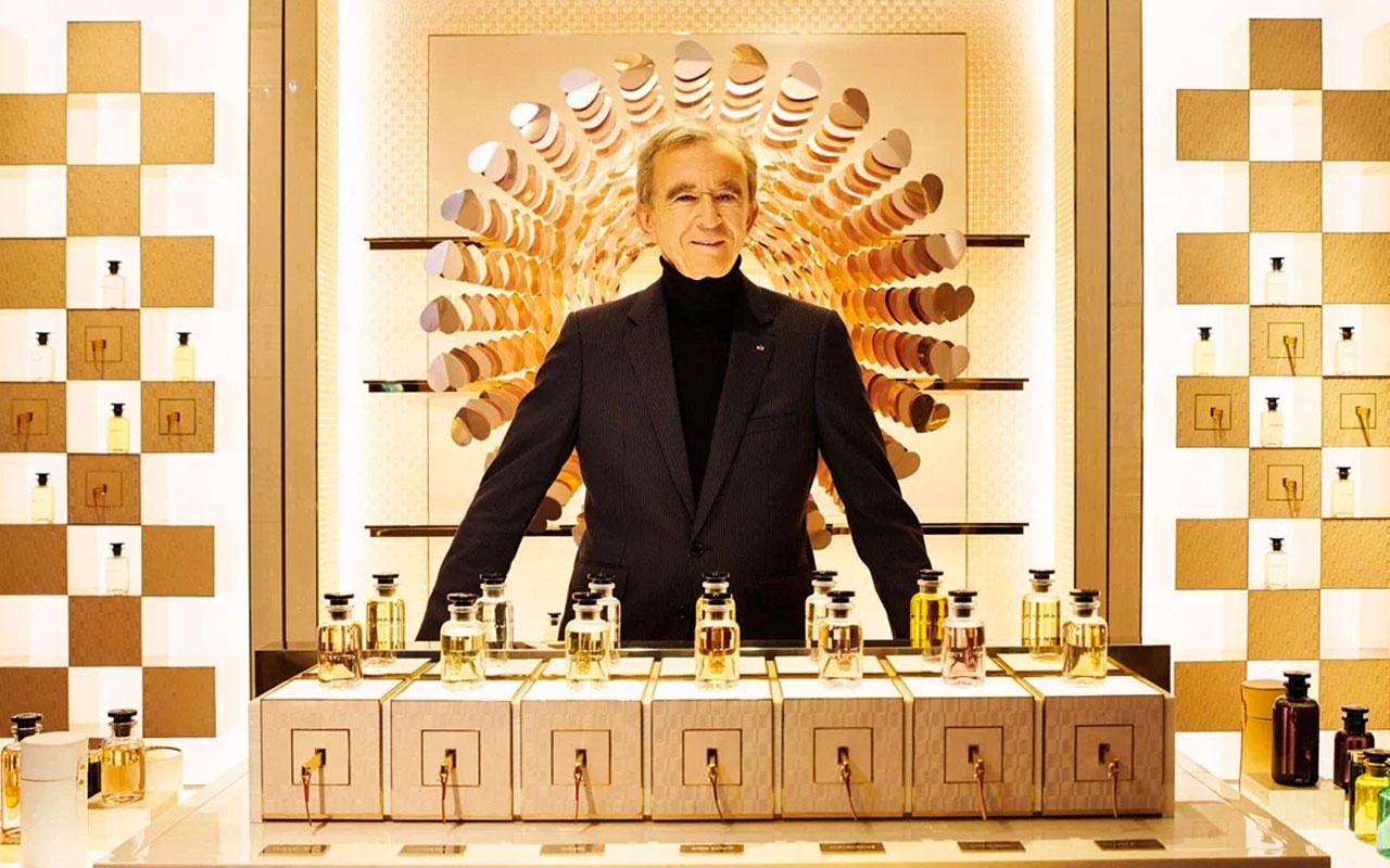 Bernard Arnault, Bezos'u tahtından etti! Birkaç saatliğine en zengin isim oldu
