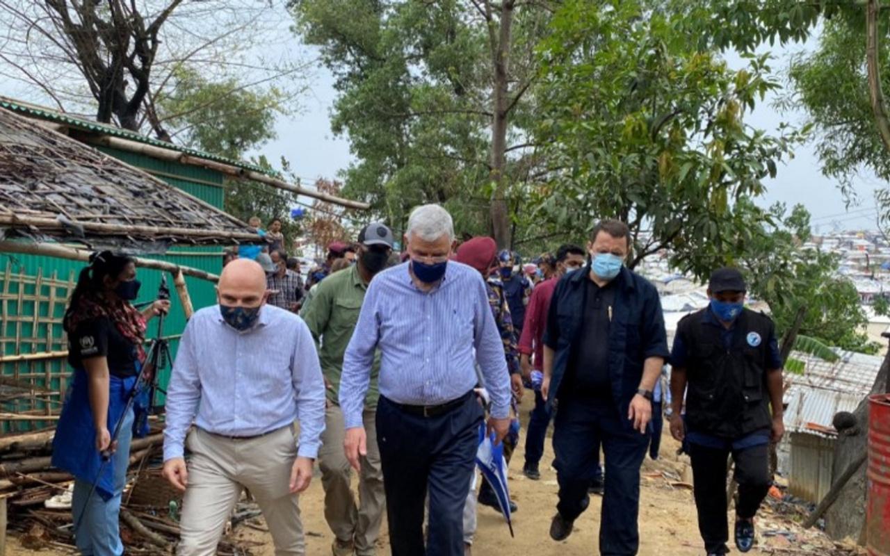 BM Genel Kurul Başkanı Volkan Bozkır, Arakanlı Müslümanları ziyaret etti
