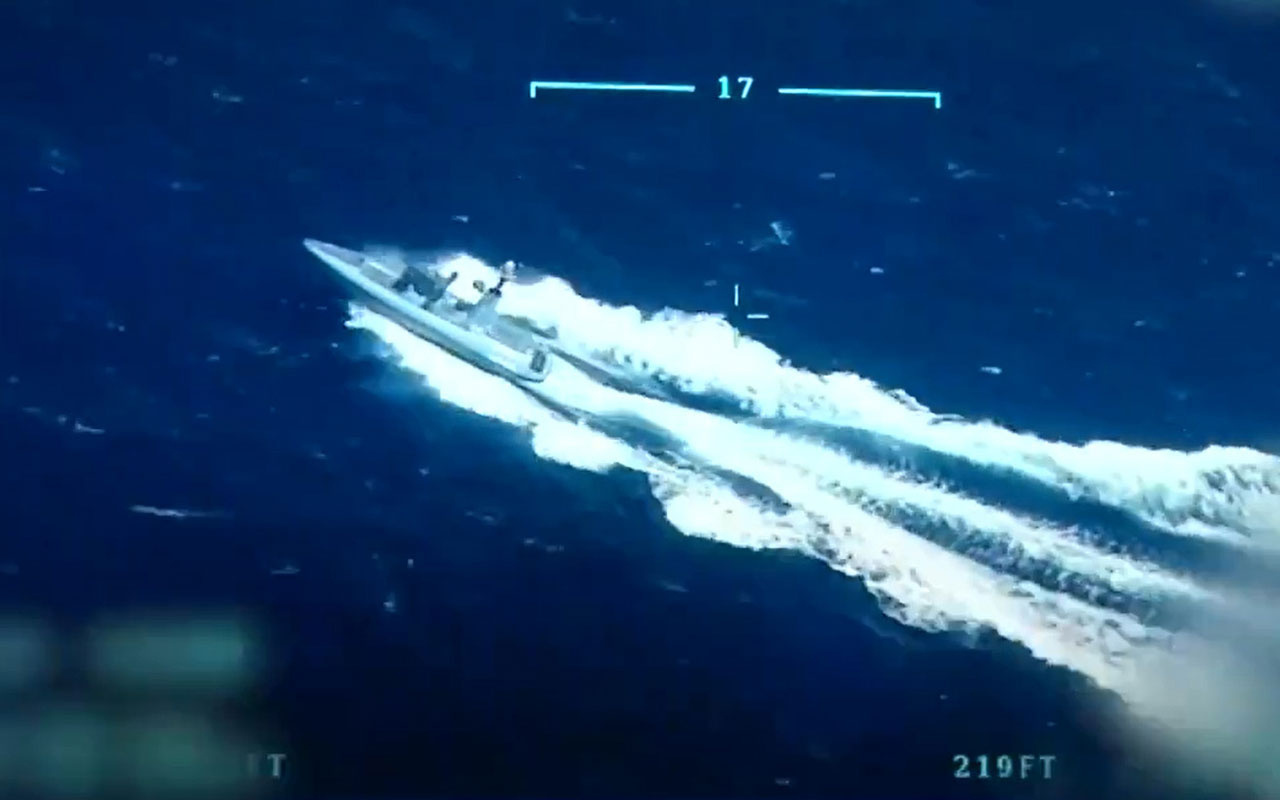 Türkiye'nin ilk silahlı insansız deniz aracı SİDA hedefi tam isabetle vurdu o anlar kamerada