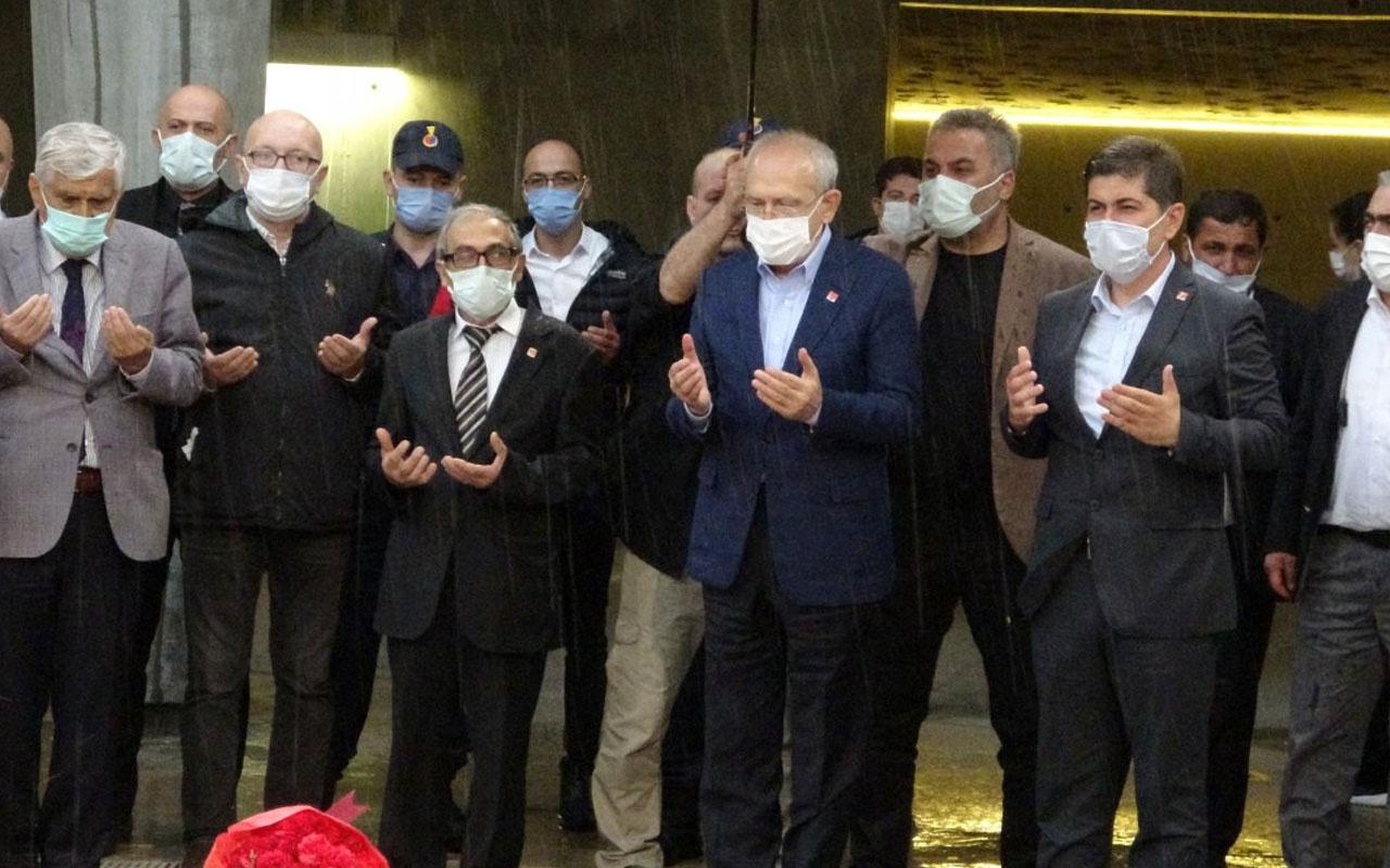 CHP Lideri Kemal Kılıçdaroğlu, Süleyman Demirel'in anıt mezarını ziyaret etti