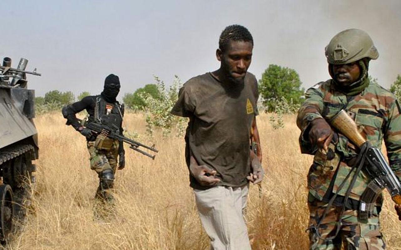 Nijerya'da medreseyi bastılar 100'den fazla öğrenci kaçırıldı