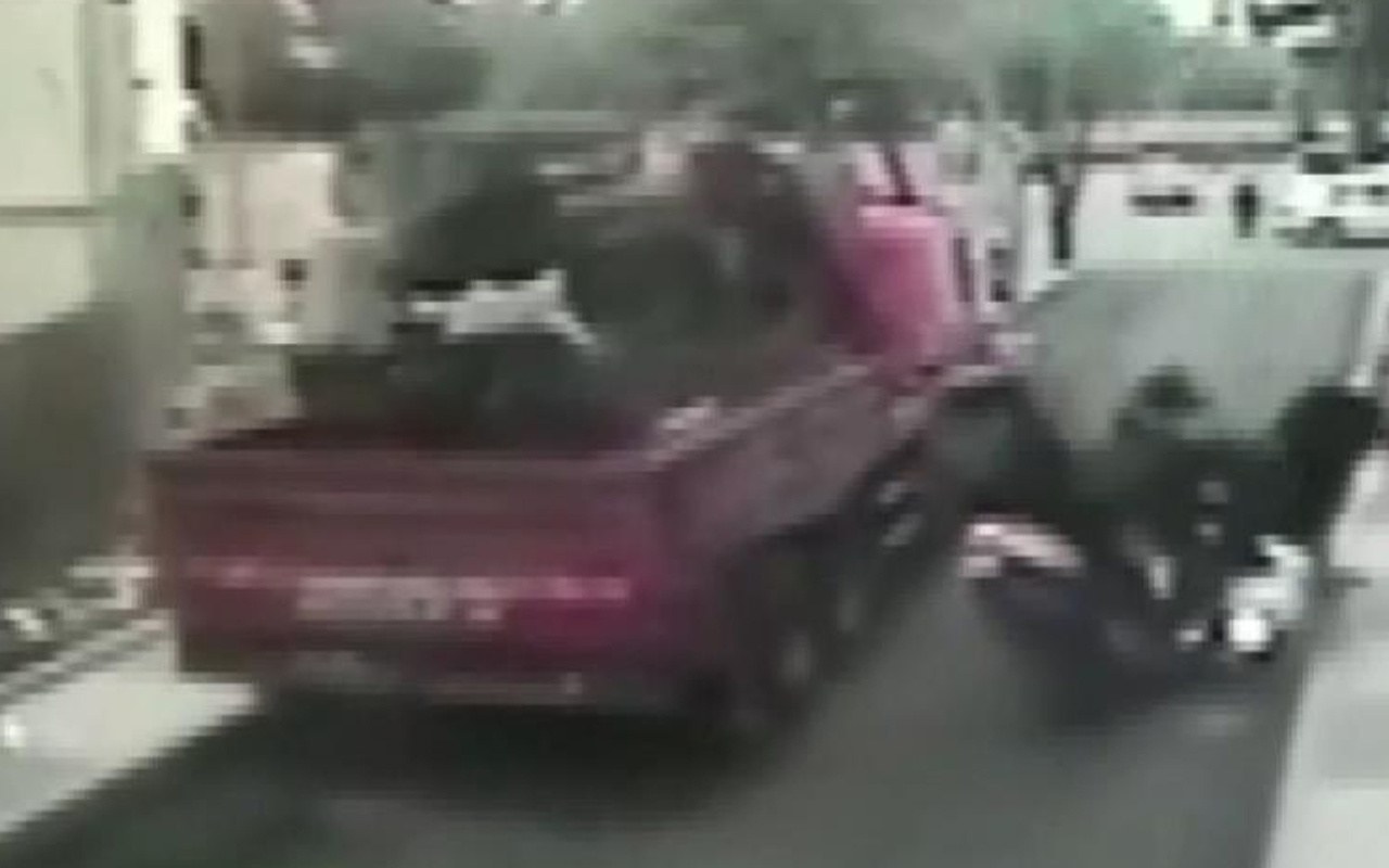 İstanbul'da iki kurye kafa kafaya çarpıştılar! Feci kazanın görüntüsü ortaya çıktı