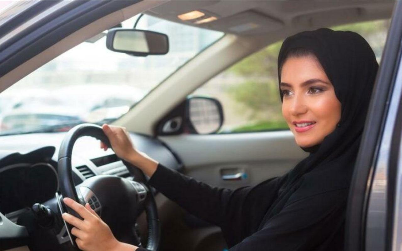 Suudi Arabistan yaptı! 17 yaşındaki genç kızlara artık ehliyet almak serbest...