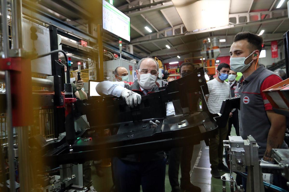 TOGG'un yerli kokpit tasarımı ve üretimini yapıyor tesislerden çarpıcı görüntüler