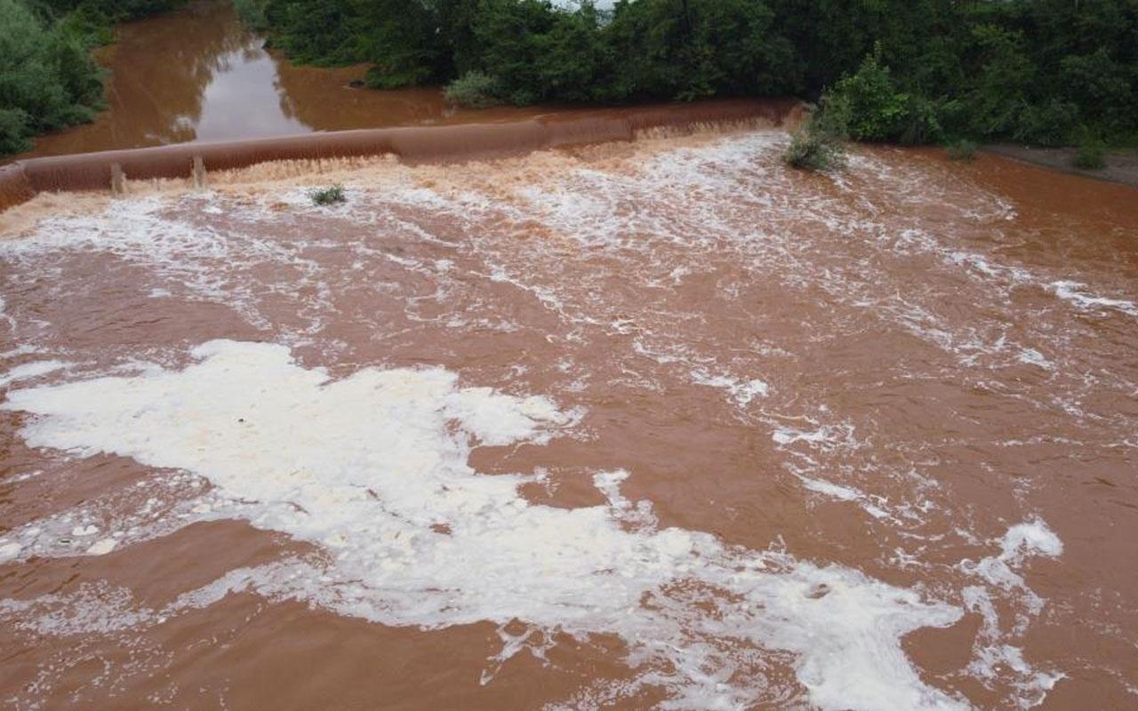 Bartın Irmağı'nı görenler korktu vatandaşlar durumu yetkililere bildirdi