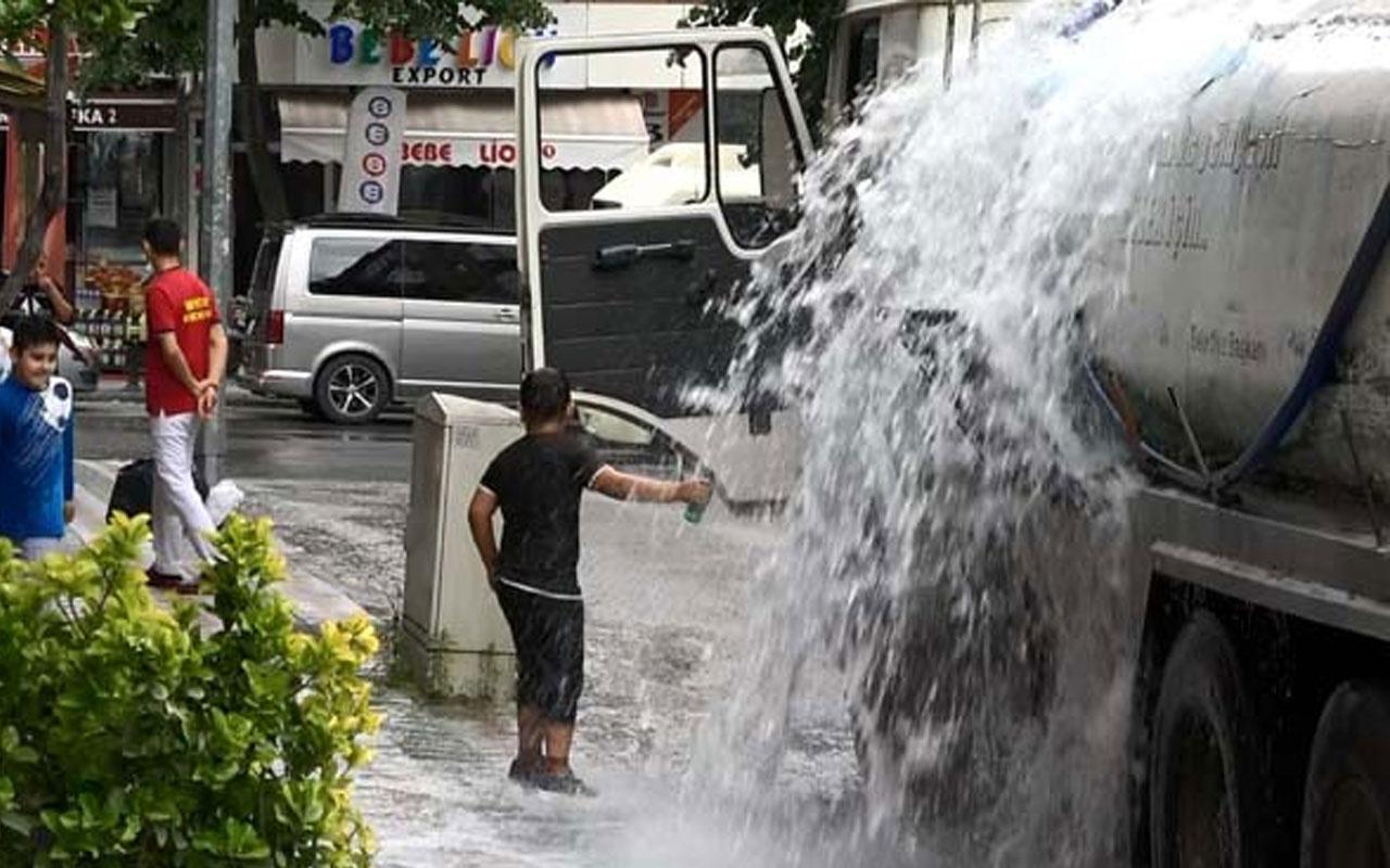 Sultangazi'de vana patladı! Tonlarca su boşa aktı