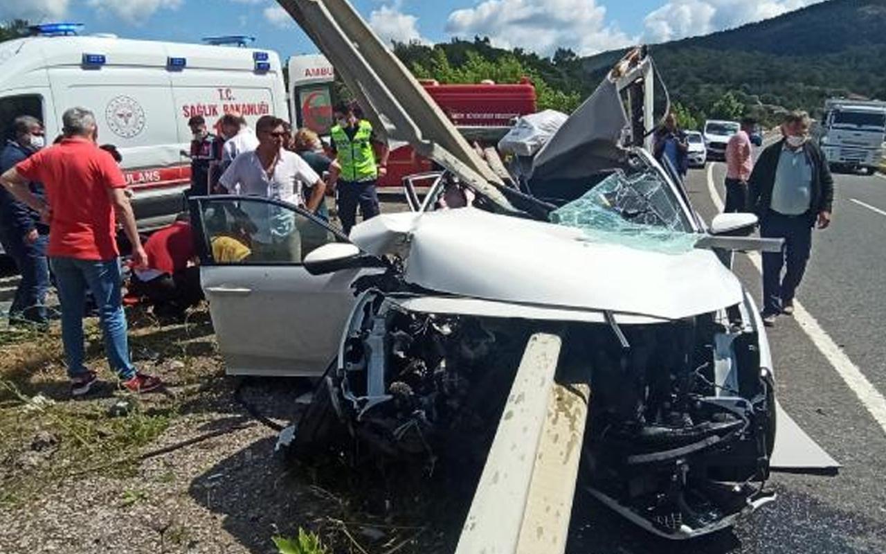 Balıkesir'de 7 yaşındaki Ela kazada öldü! Şanlıurfa'da otomobil köprüden düştü: 5 ölü