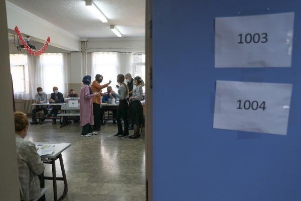 İstanbul'da 14 mahallede seçim heyecanı! 11 kadın 62 muhtar adayı yarışıyor