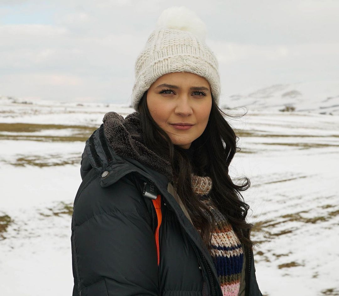 TRT Gönül Dağı'nın Dilek'i Gülsim Ali cinsel içerikli mesajla taciz edildi