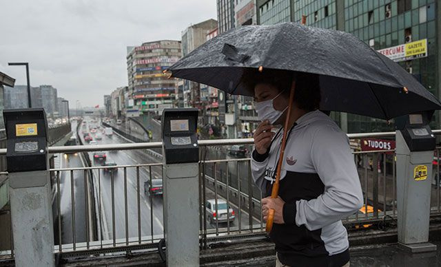 Meteoroloji'den sağanak yağış uyarısı! Listede İstanbul dahil çok sayıda şehir var