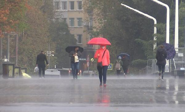 Uzmanı uyardı! Haziran serin geçecek, Temmuz'da sıcağa ve ani dolu yağışına dikkat!