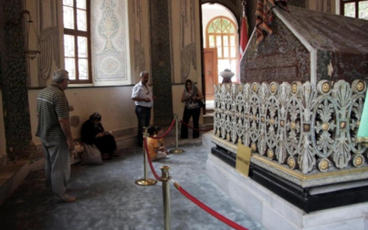 Osman Gazi Türbesi nerede hangi ildedir ziyaret saatleri