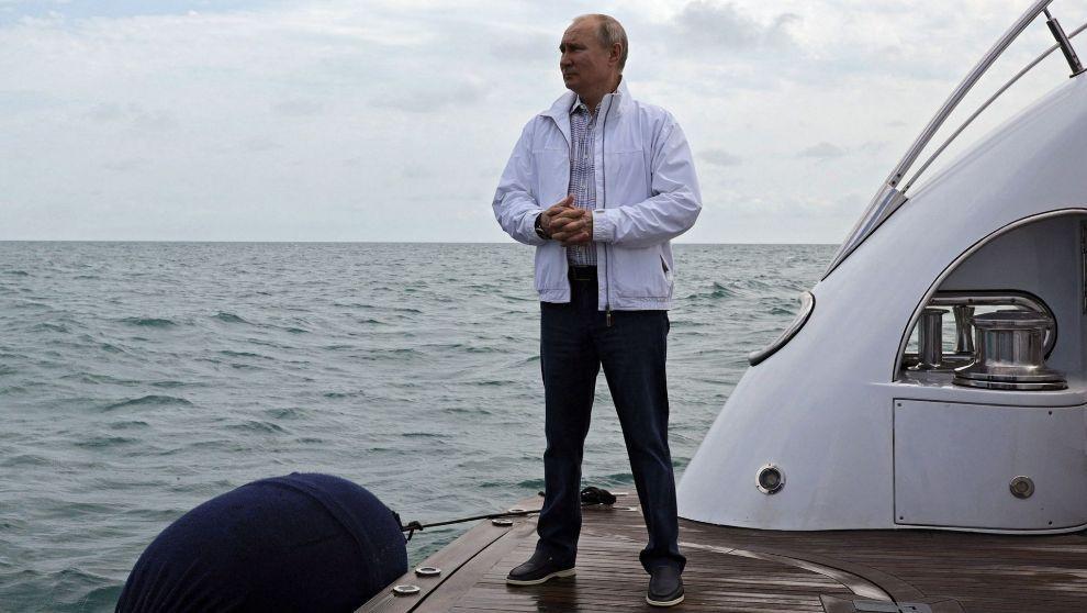Putin'in gizemli yatının sırrı çözüldü! Süper yat 'Chayka'yı bir Türk şirketi yaptı