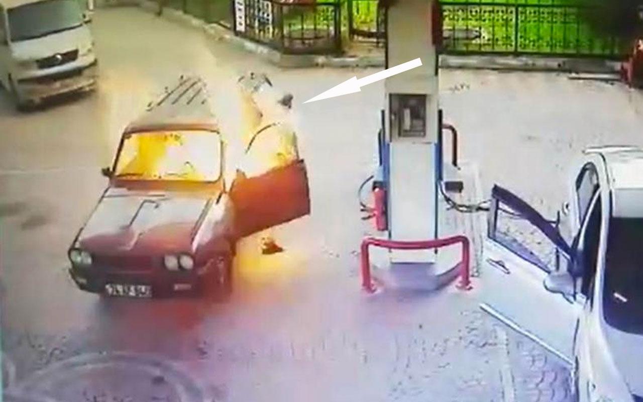 Bartında akaryakıt istasyonunda alev topuna dönen araçtan böyle çıktı
