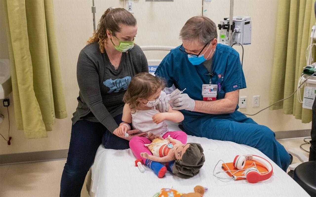 BioNTech aşısının 5 ile 11 yaş arasındaki çocuklardaki son aşama klinik denemeleri başladı