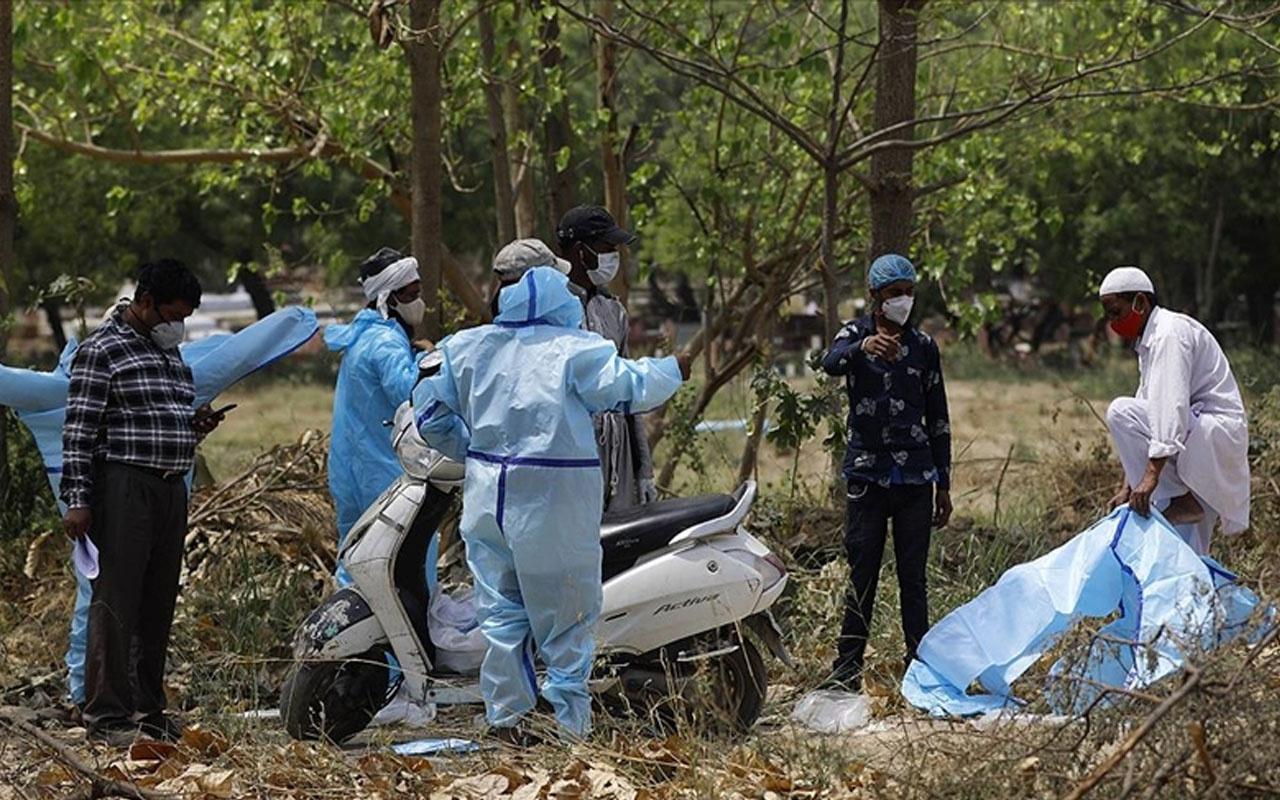 Hindistan'da durum vahim! Kovid-19 salgınında son 24 saatte 2 bin 219 kişi öldü