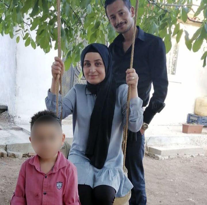 Eşini 4 yaşındaki oğlunun önünde 60 bıçak darbesiyle öldürdü