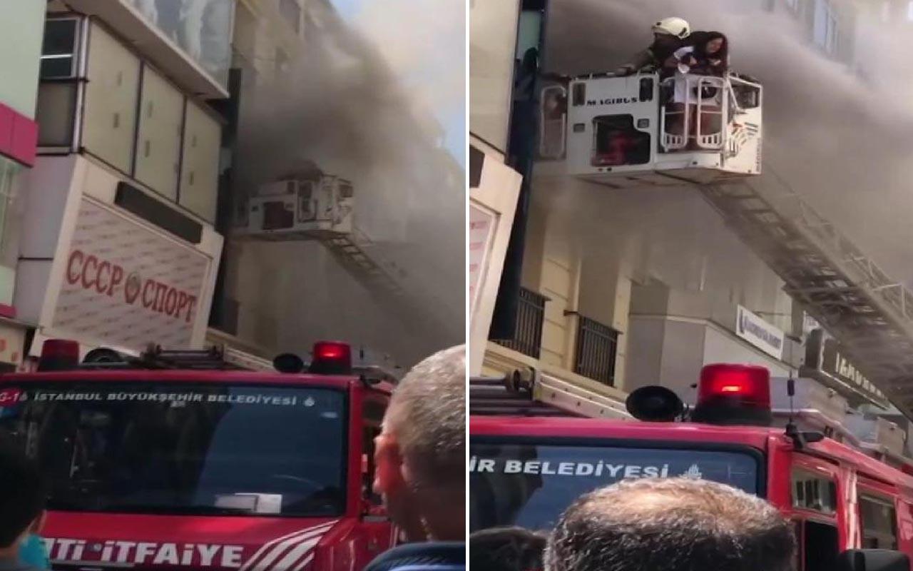 Fatih'te otelin saunasında yangın çıktı! İtfaiye müdahale ediyor