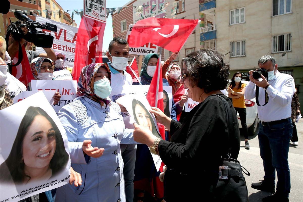 Almanya'da kızı PKK tarafından kaçırılan anne Diyarbakır annelerini ziyaret etti
