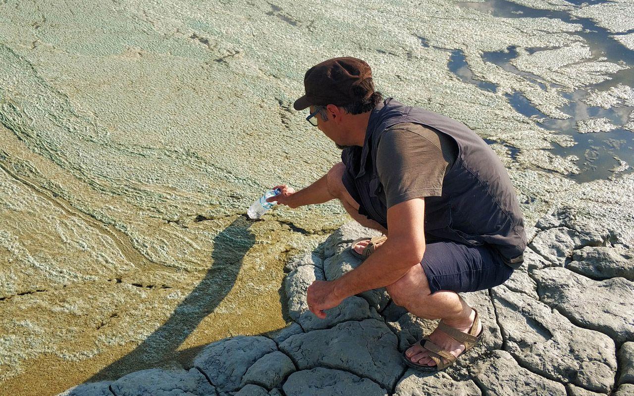 Burdur Gölü'nün rengi değişti halk panikledi! Nedeni belli oldu