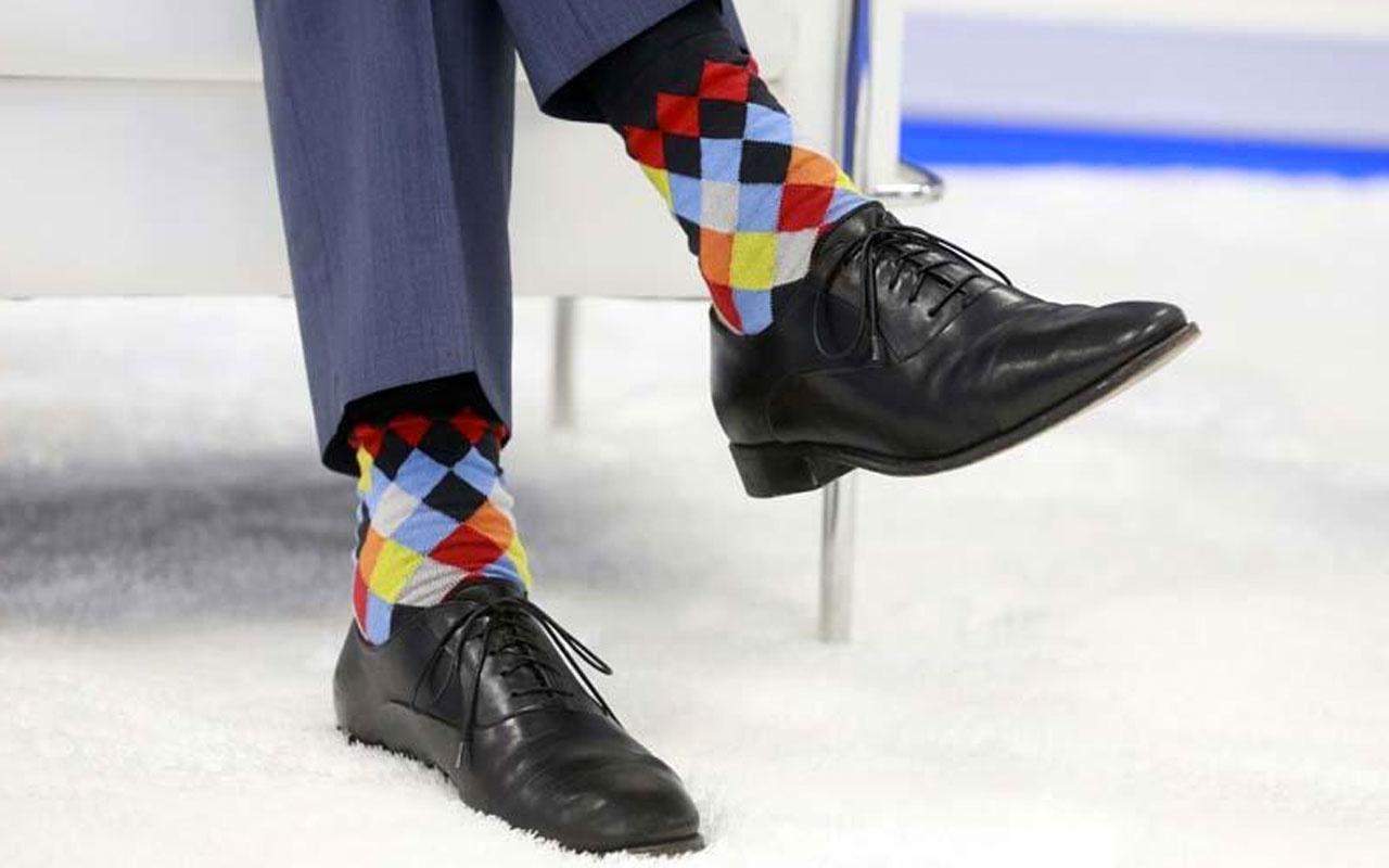 Kanada Kanada Başbakanı Justin Trudeau'nun çorapları NATO zirvesine damga vurdu