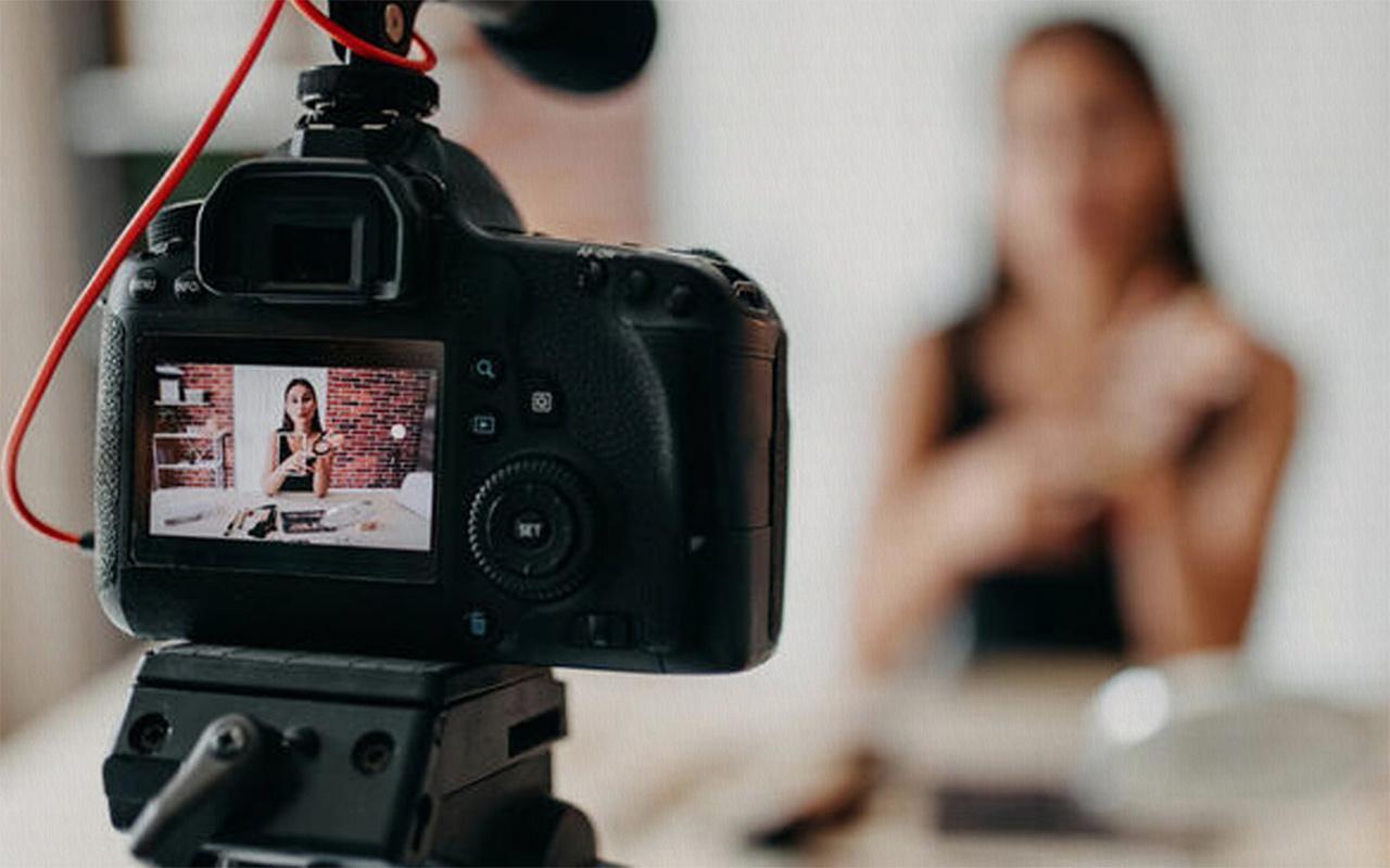 Belçika'da iş arayanlara YouTuber olma kursu verilecek