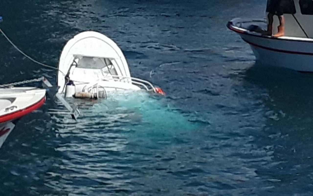 İstanbul Boğazı'nda gemi ile balıkçı teknesi çarpıştı 2 ölü