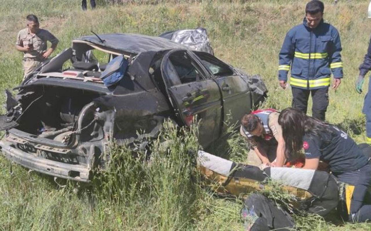 Van'ın Gevaş ilçesinde otomobil takla attı: 2 ölü 1 yaralı
