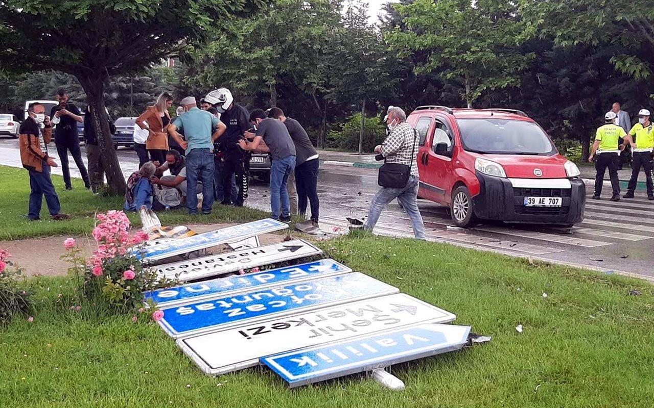 Ahmet Davutoğlu'nun konvoyu kaza yaptı! Yardımcısı Sema Silkin Ün ile 1 çocuk yaralı