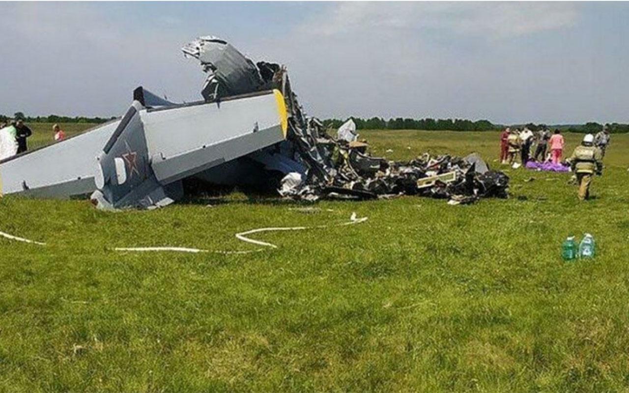 Rusya'da paraşütçüleri taşıyan uçak düştü: Çok sayıda ölü ve yaralı var