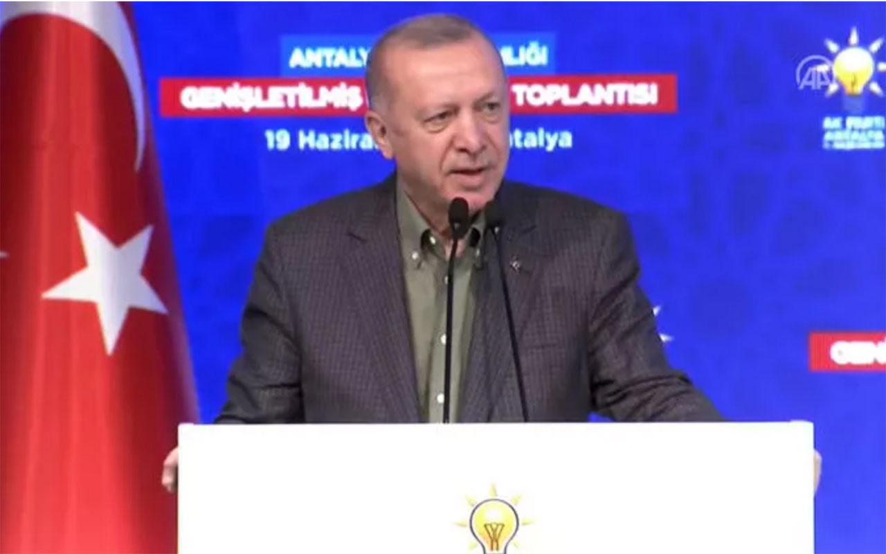 Cumhurbaşkanı Erdoğan'dan son dakika önemli açıklamalar! Bırakın gidenler gitsin, hiç umursamayın
