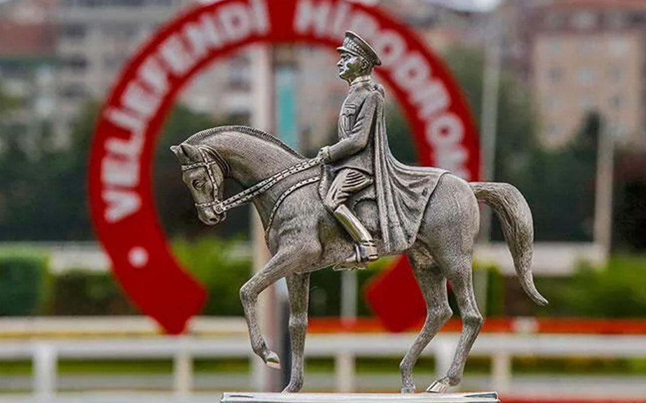 Jokey Ahmet Çelik, 'Burgas' ile Gazi Koşusu'nda 7'nci kez zafer elde etti!