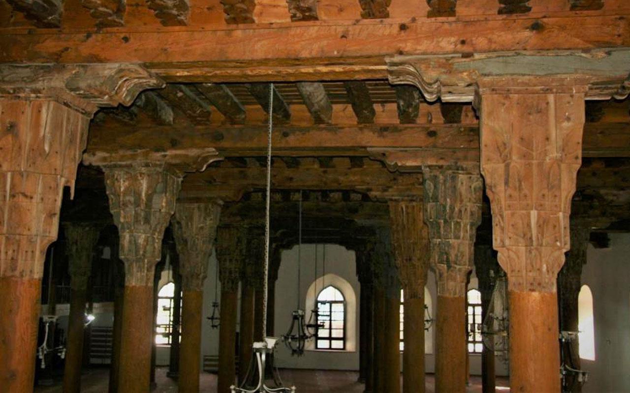 40 direkli tarihi Ulu Cami UNESCO geçici listesine girdi
