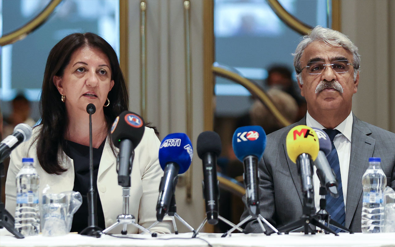 HDP kapatma iddianamesi için Mithat Sancar'dan iddia