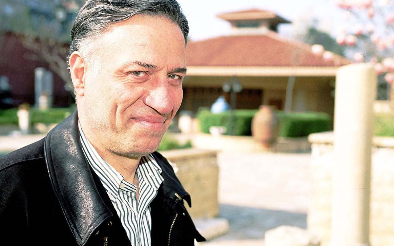 Kemal Sunal ölüm yıldönümünde anılıyor