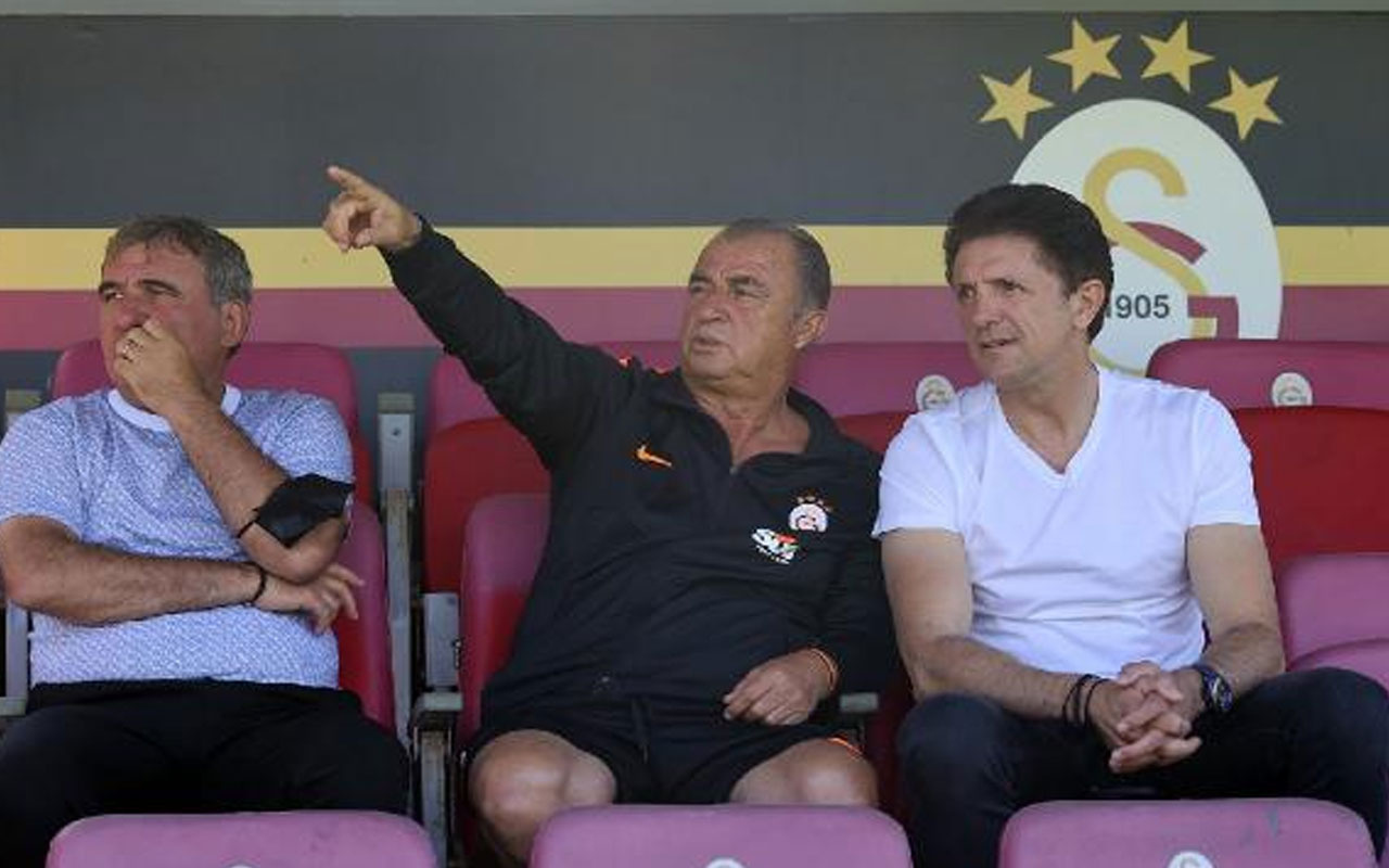 Gheorghe Hagi ile Gheorghe Popescu Galatasaray antrenmanını ziyaret etti
