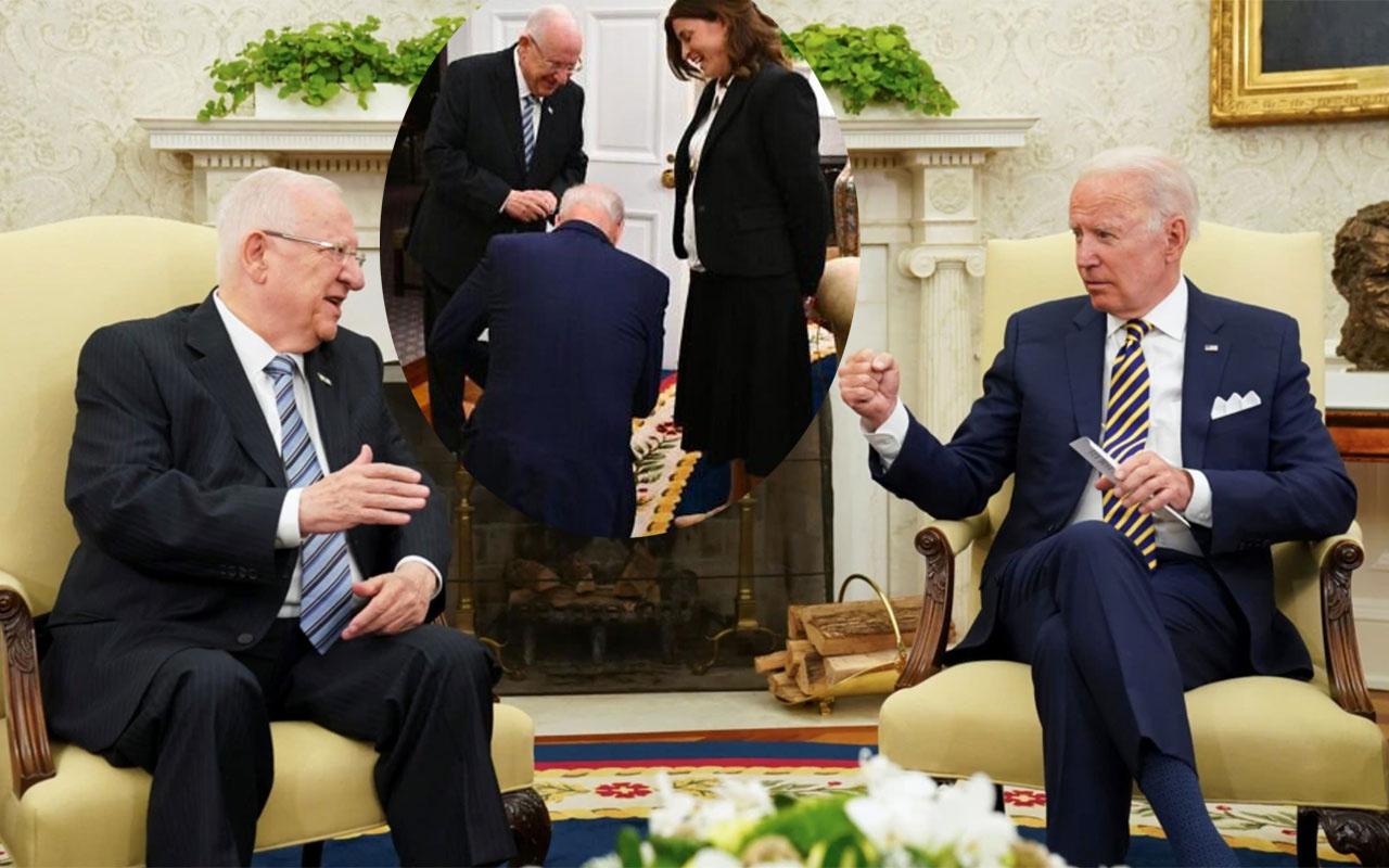 ABD Başkanı Joe Biden, Oval Ofis'te İsrail Cumhurbaşkanı önünde diz çöktü
