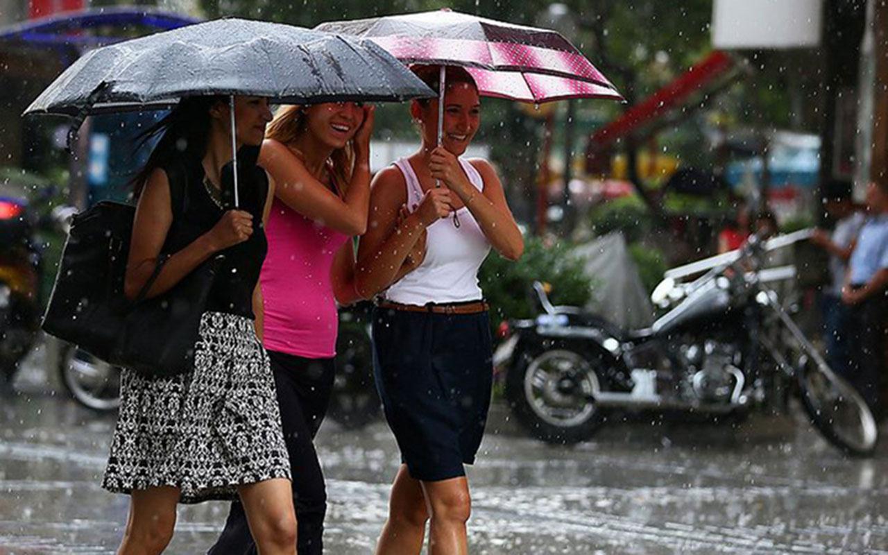 Çok fena geliyor! İstanbul için sel alarmı verildi sokağa çıkarken dikkat