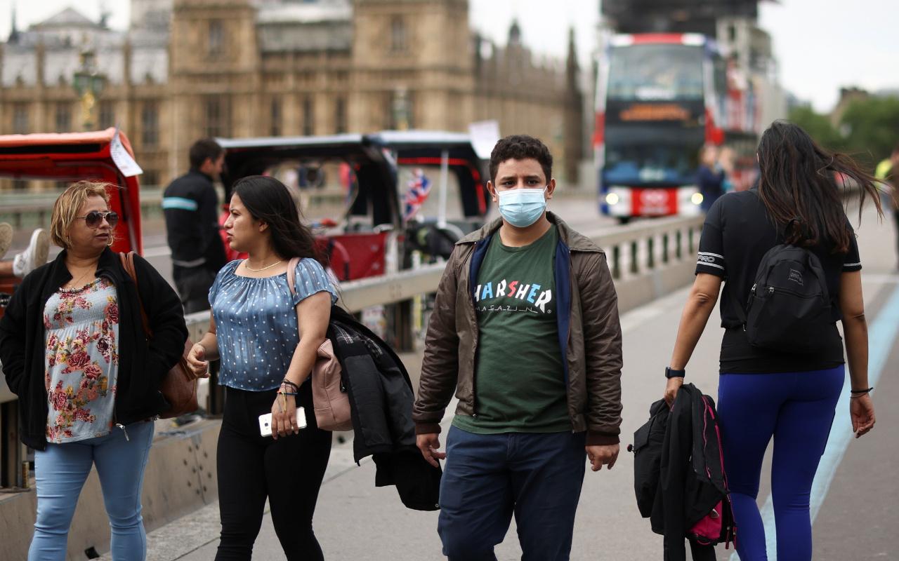 İngiltere'de maske zorunluluğunun 19 Temmuz'da kaldırılması planlanıyor