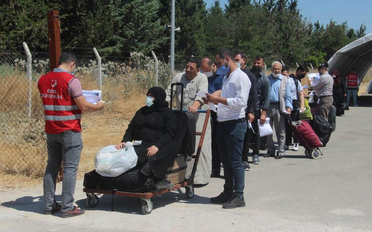 Suriyelilerin bayram için Kilis'ten ülkelerine yolculuğu başladı