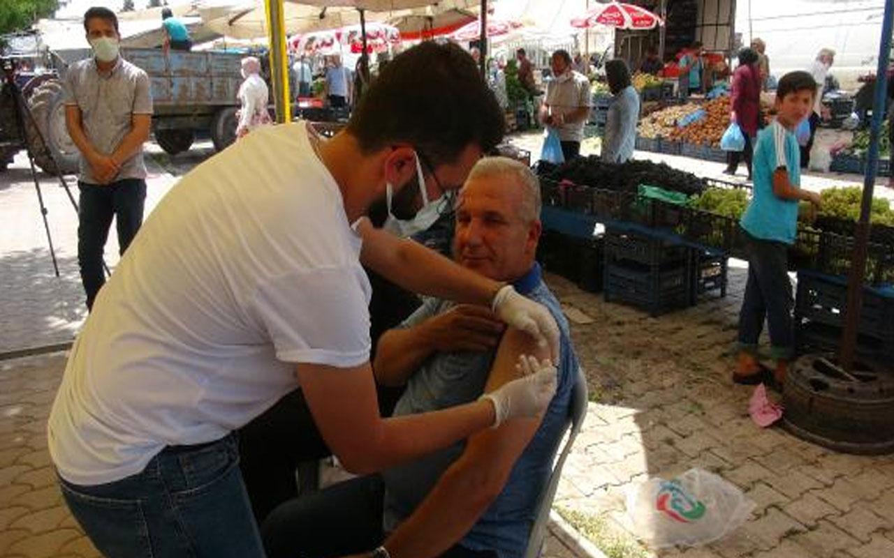 Kilis'te sağlık ekipleri Türkçe ve Arapça anonsla aşı çağrısı yaptı