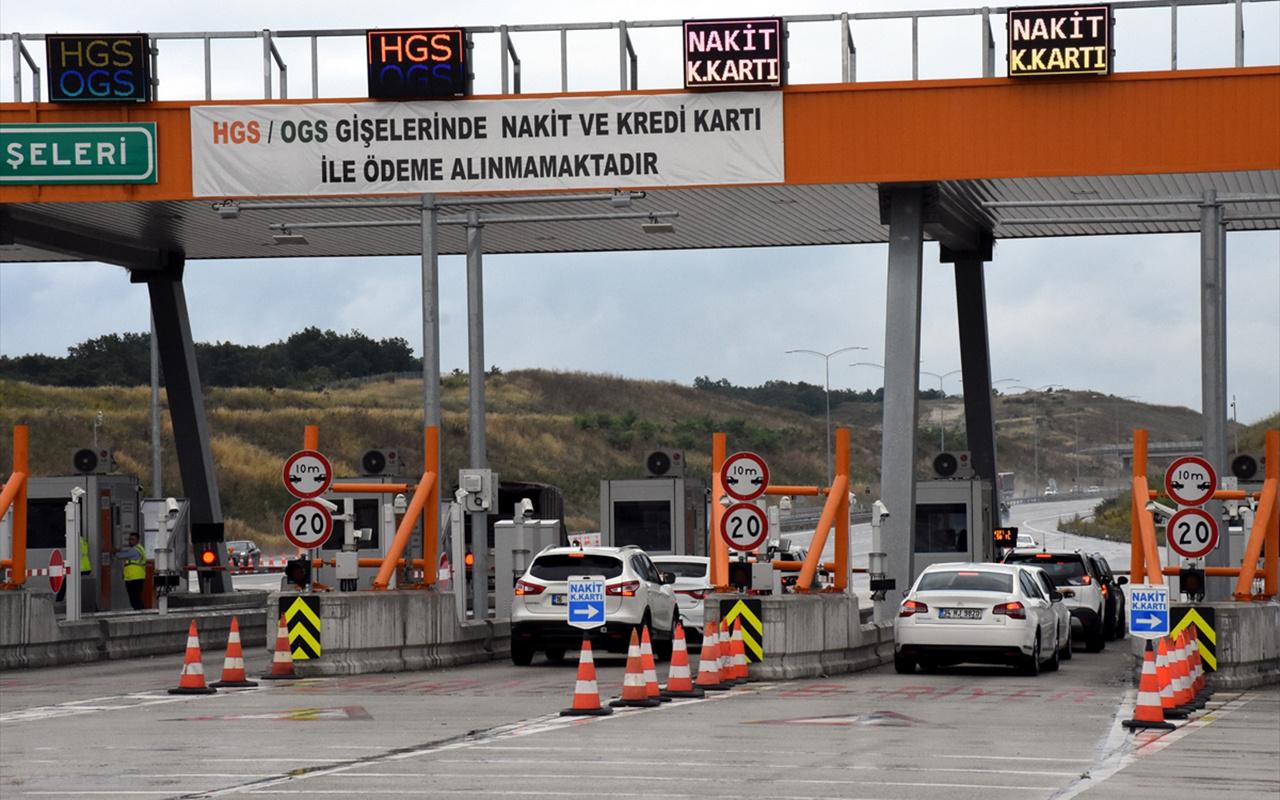 İstanbul İzmir Otoyolu'nda gişede sürücülerin bekleme sürelerini azaltan uygulama başladı
