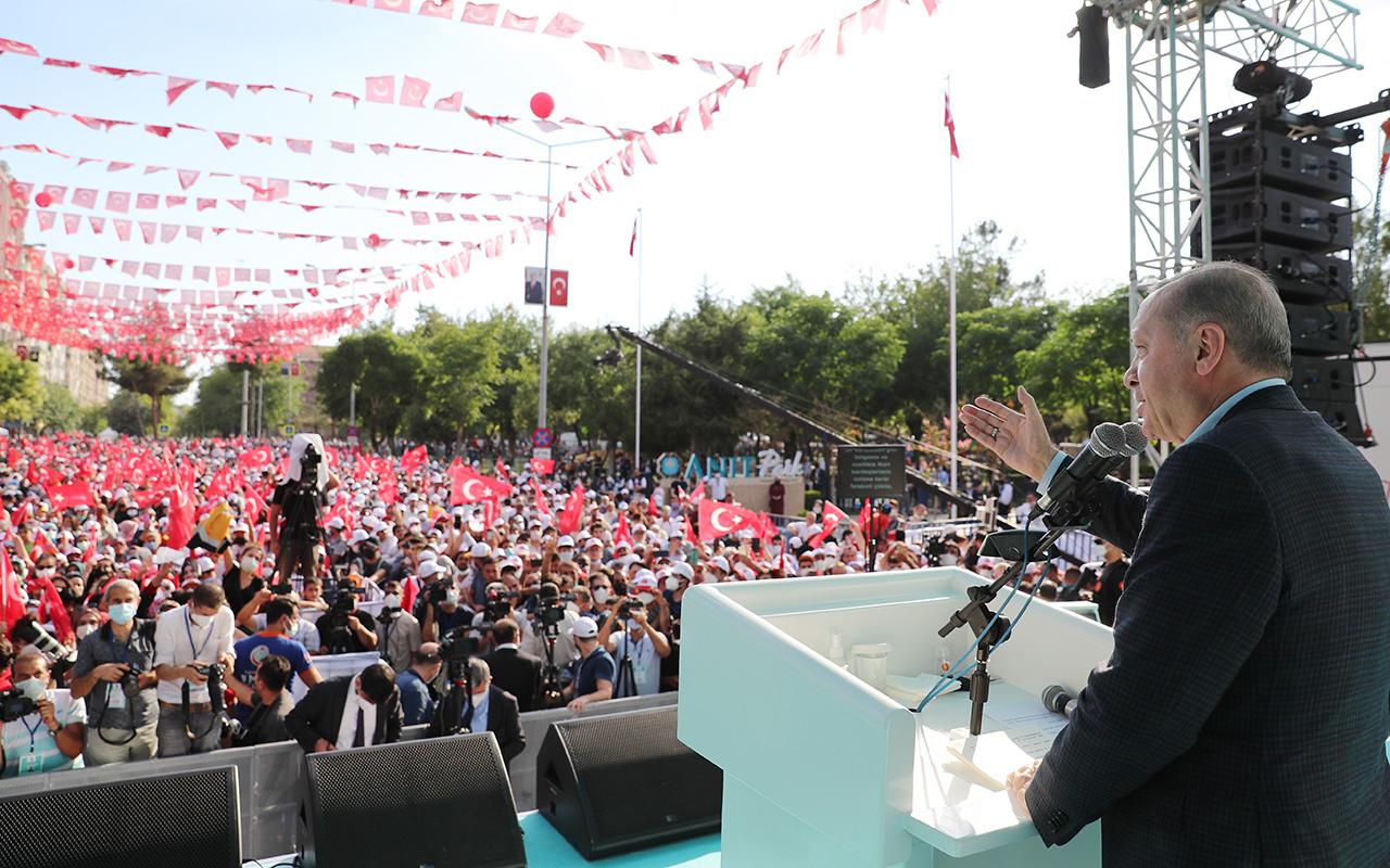 Cumhurbaşkanı Erdoğan'a Diyarbakır'da Biji Serok tezahüratı