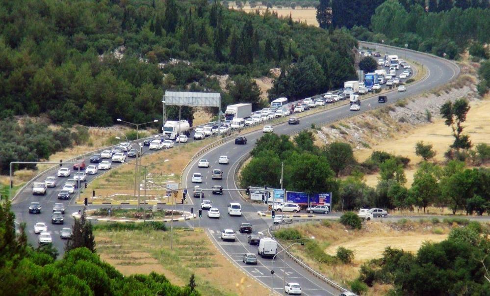 Yerli turist Kurban Bayramı tatilinde Muğla'ya akın ediyor! Trafik il dışına taştı