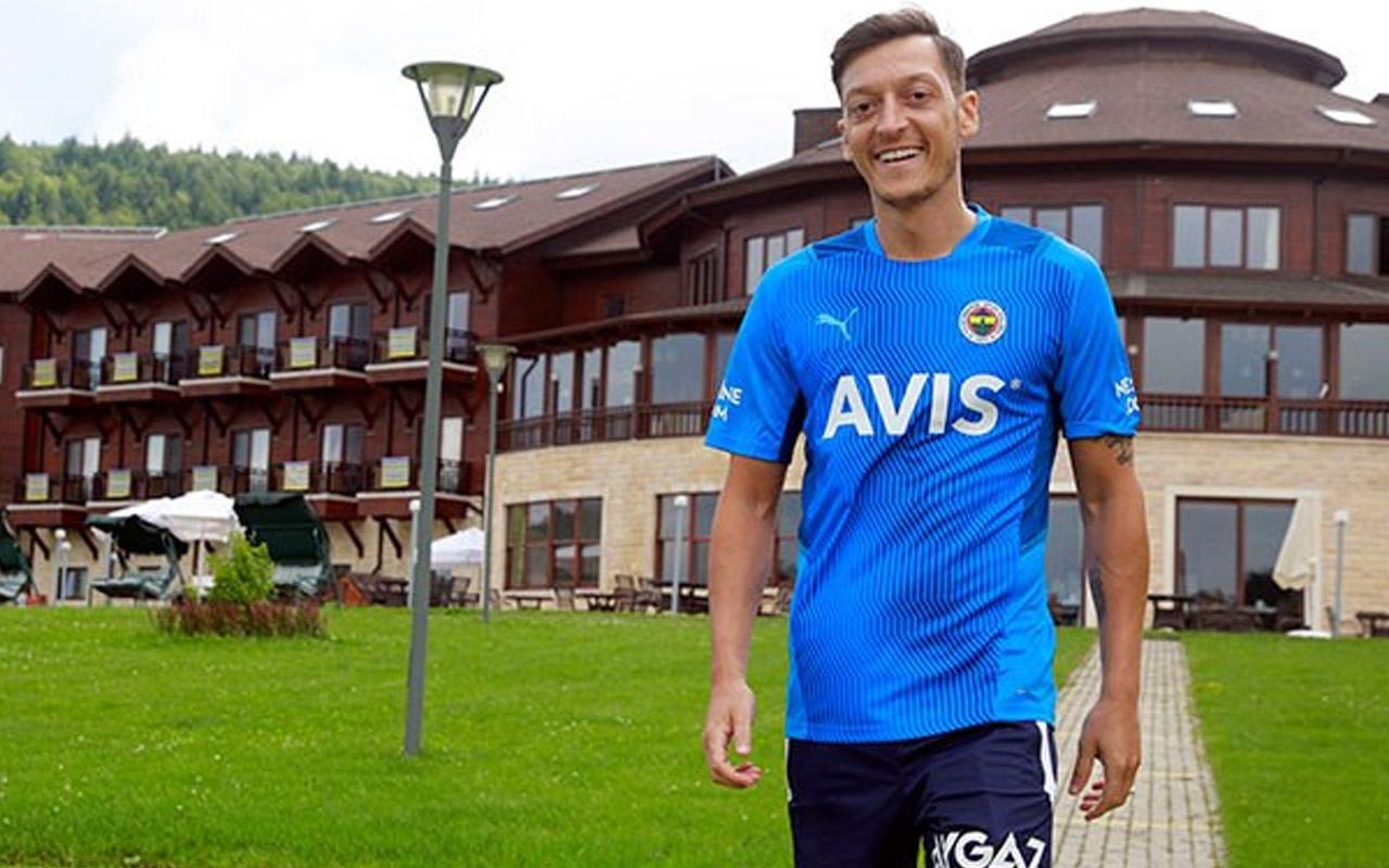 Fenerbahçe'de Mesut Özil, Vitor Pereira'dan övgüyle bahsetti
