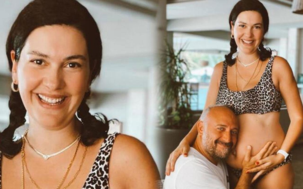 Bergüzar Korel'den bikinili ve 'göbekli' poz... Eşi Halit Ergenç ve kızı Leyla ile 'keyif' anları
